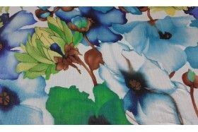 Tela de gasa estampada de flores en tonos azul y verde con fondo blanco. Tela de gasa translúcida, liviana y vaporosa, fina de textura con cierta rugosidad. Gasa ideal para la confección de blusas, pañuelos, chales y chaquetas cuya función sea dejar entrever la prenda de debajo.#Gasa #organza #tela #estampado #flores #azul #verde #blanco #traslúcida #liviana #vaporosa #fina #blusas #pañuelos #chales #chaquetas #confección #telas #tejido #tejidos #textil #telasseñora #telasniños #comprar…