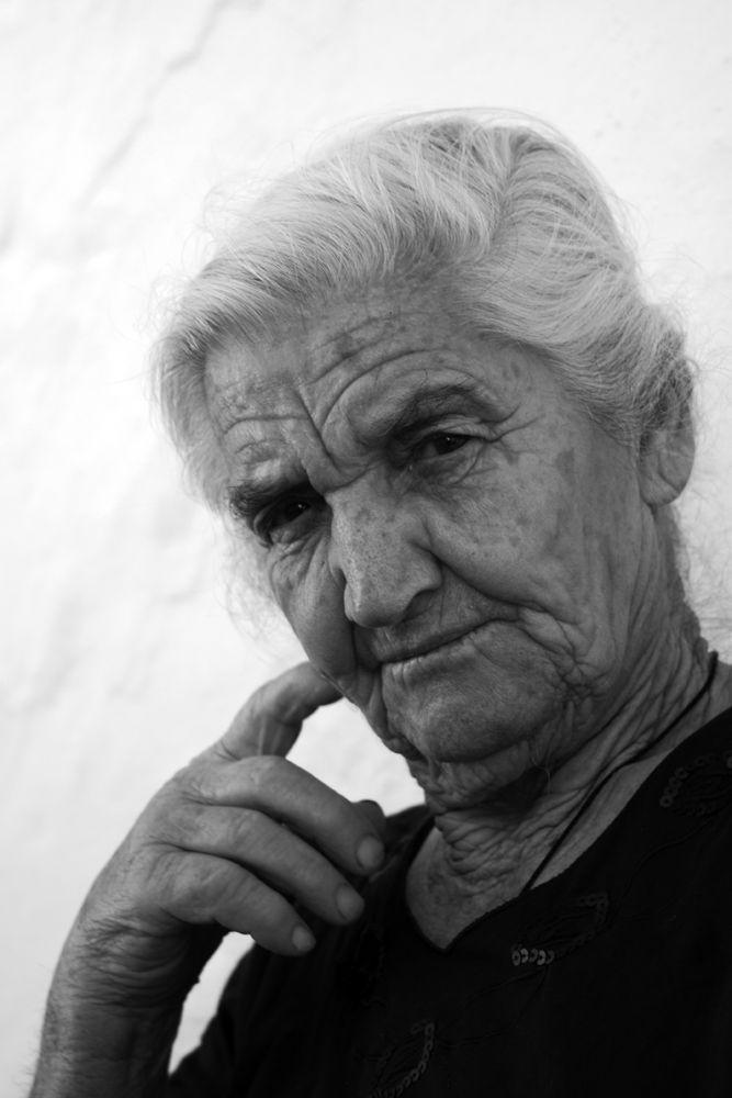Grandma by Vatos Paraskevas (www.vatosp.gr)