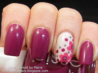 Flowerista with Flowers Nail Art | Ten Colorful Nails | Bloglovin'