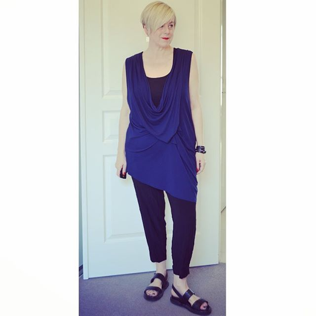 Motto Monday! Taking my Jersey Crop Lauren Pant out for a spin  #mottofashions #mottoholic #monochromatic #ootd #40plusstyle #iloveneutrals ##workmystyle #realmumstyle #targetaustralia #londonrebelshoes #pixiecut #melbournemade