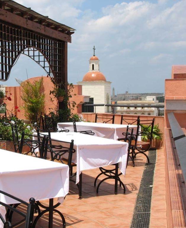La terraza del Hotel Ambos Mundos donde recibimos el 2014!