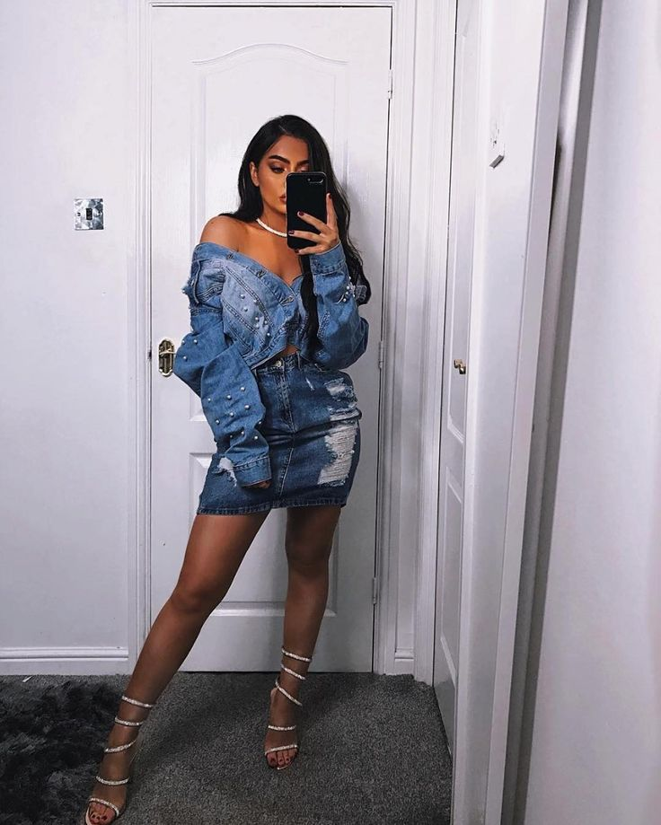 "All the Denim 💙⠀⠀  #NovaBabe @jessiefrizzell looks AMAZING in FN! ⠀⠀  Search: ""Drippen In Pearls Denim Jacket""⠀⠀  Tag @FashionNova #FashionNova For A Chance To Be Featured!⠀⠀  ✨www.FashionNova.com✨"