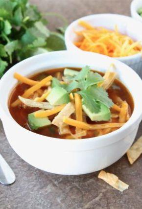 Chicken Fajita Soup Recipe on twopeasandtheirpo... Love this soup!