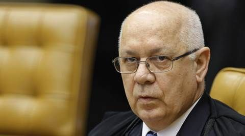 Brazil judge overseeing Petrobas corruption probe dies in plane crash