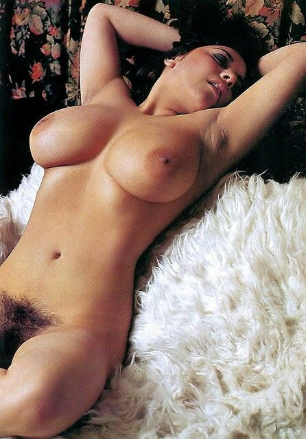 Hairy pussy hairy ass seksi live