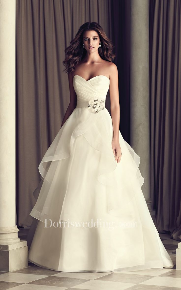 Strapless Organza Gown With Bandage And Petals