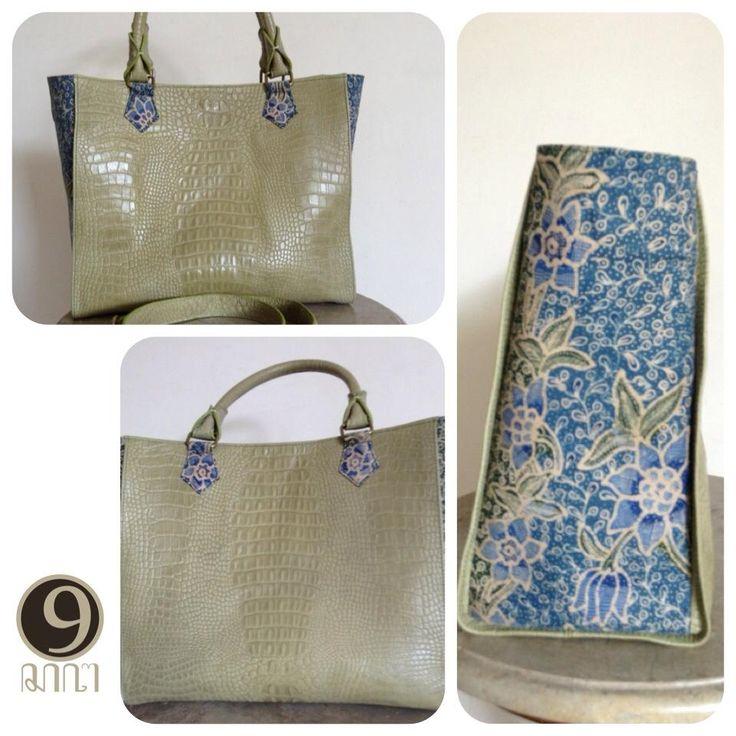 Larasati Medium Fashion style with Handdrawn batik Pekalongan