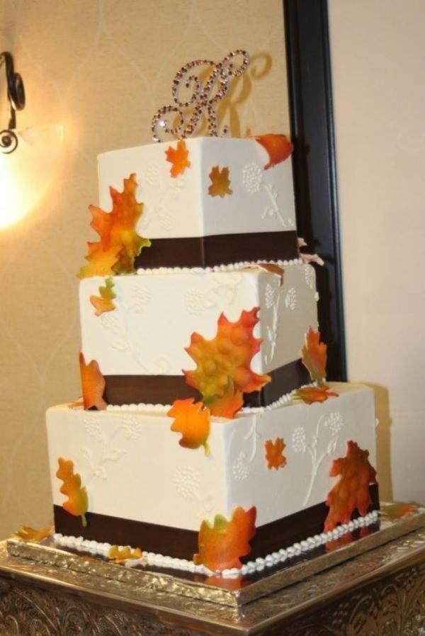 quadratisch-herbst-torte-hochzeit-idee-dri