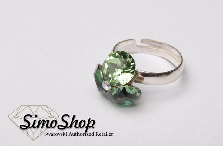 Inel din argint 925 cu floricică swarovski! #simoshop #bijuterii #accesorii #argint #swarovskicrystals #swarovski
