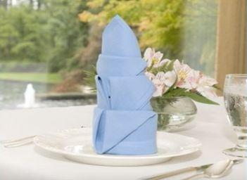 Just In Time For #Easter, Our Arum Lily Napkin Fold Is An Easy # ·  WäscheserviceServietten FaltenServiettenLilieBettwäsche