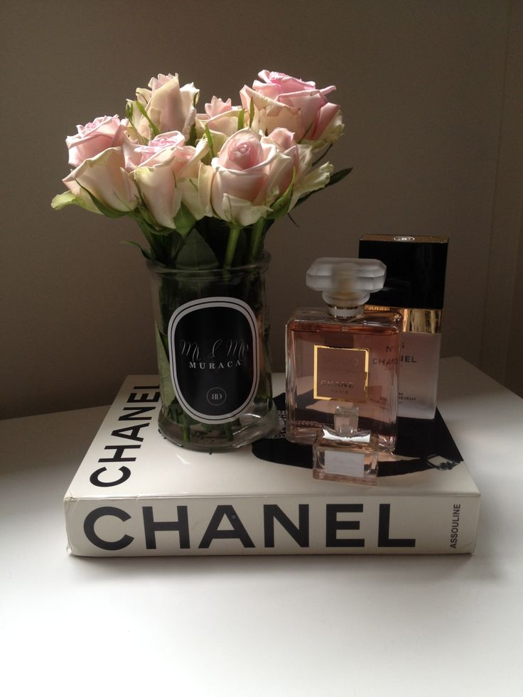 pink white roses, chanel book, chanel madam mademoiselle, personalised vases by bombardier designs