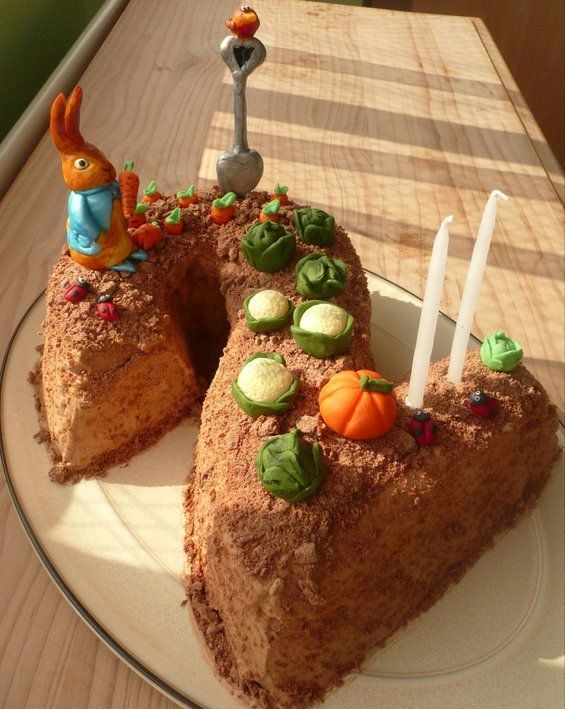 Peter Rabbit Birthday Cake, Beatrix Potter Cake, Rabbit Cake