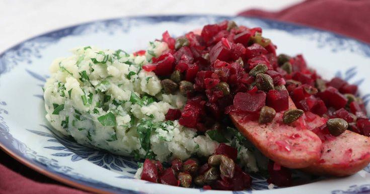 Lisa Lemkes recept på en riktig klassiker med smörstekt isterband, rödbetor, kapris och ett enkelt stomp på potatis och persilja.