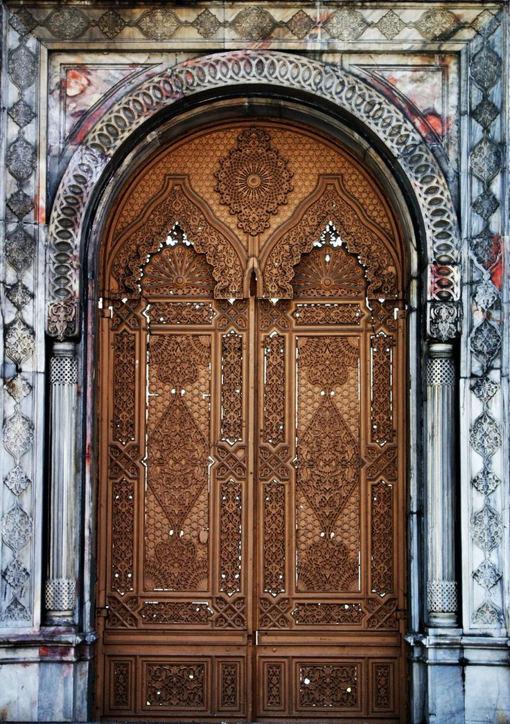 Çırağan Palace's Gorgeous Door! TURKEY