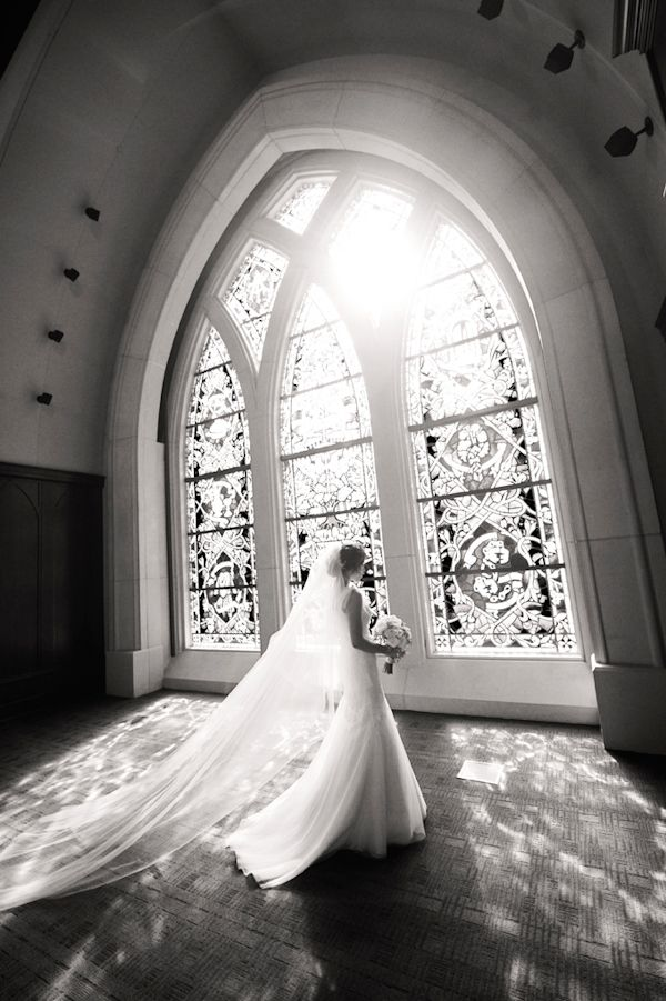 : Big Window, Wedding Dressses, Photos Ideas, Bridal Photos, Church Wedding, Stained Glasses Window, Long Veils, Bride, Church Window