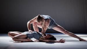 Risultati immagini per kortárs tánc