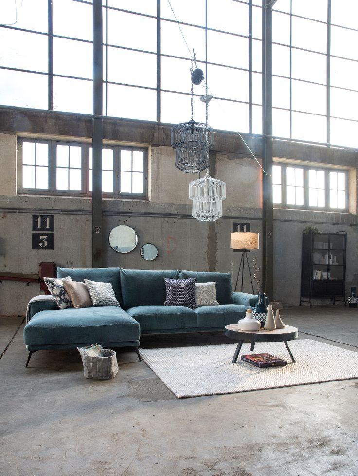 Trendhopper ● De pasteltinten in dit interieur verzachten de industriële ruimte en geven het een spannend contrast.
