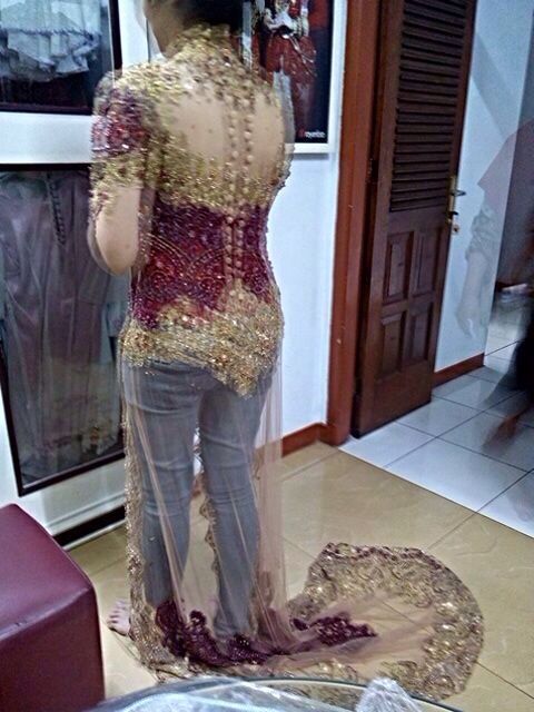 Back side of kebaya design #Miarosa