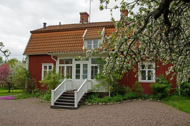Rent holiday homes in Småland, Sweden. http://www.bighousesscandinavia.com/blog-dk/hytteferie-i-smaland-sommerhusferie-i-smaland-sommerhus-med-egen-s