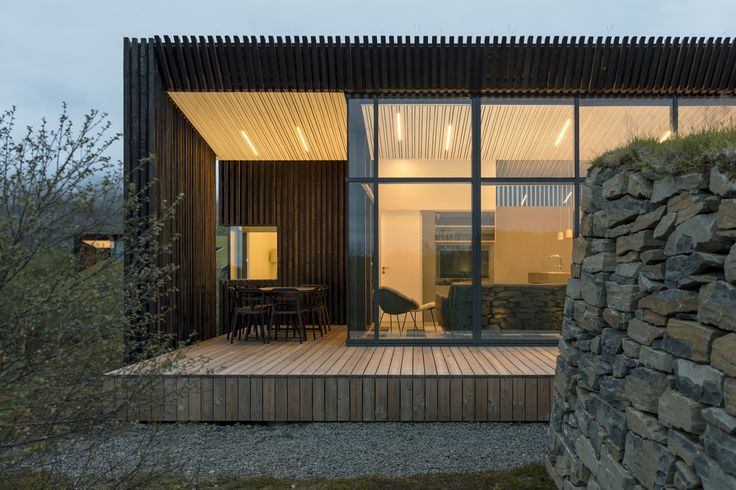 Image 3 of 23 from gallery of Vacation Cottages / PK Arkitektar. Photograph by Rafael Pinho