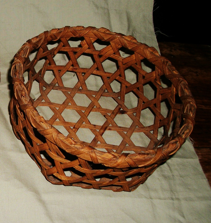 Old Vermont Cheese Basket Small Size No Breaks – Hex Bottom Circa 1880 | eBay  sold    77.00.    - ~♥~.