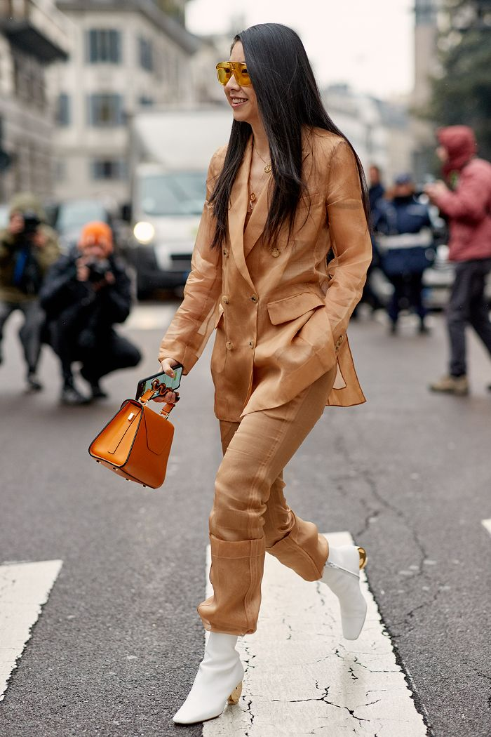 See the looks that caught our attention, and stay tuned for more of Milan Fashion Week's top street style moments. #milanfashionweeks,