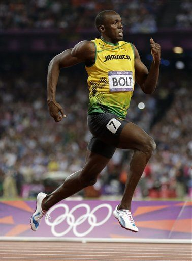 Jamaica's Usain Bolt races to his gold medal finish in the men's 200-meter final during the athletics in the Olympic Stadium at the 2012 Summer Olympics, London, Thursday, Aug. 9, 2012. (AP Photo/Gregory Bull)
