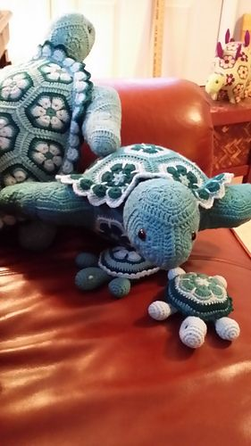 Atuin the African Flower Turtle by Heidi Bears