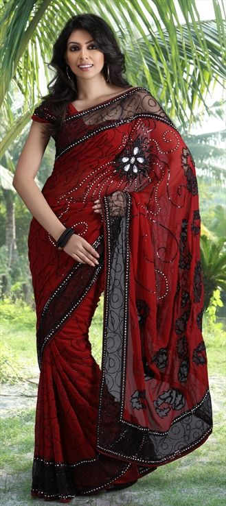 red and black sari!! yes please!~!