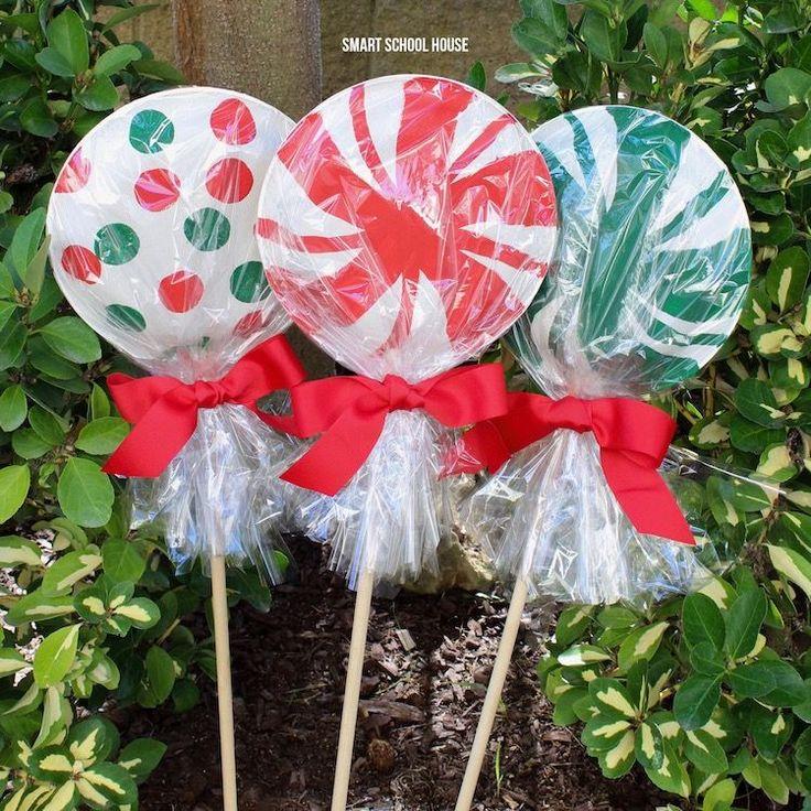 Giant Paper Plate Lollipops -