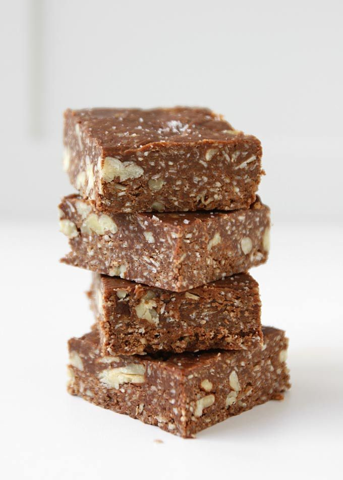 Salted Chocolate Oat Fudge | http://www.thekitchenpaper.com/salted-chocolate-oat-fudge/