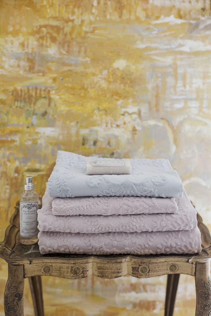 Lennol | Beautiful spa towels in pastel colors