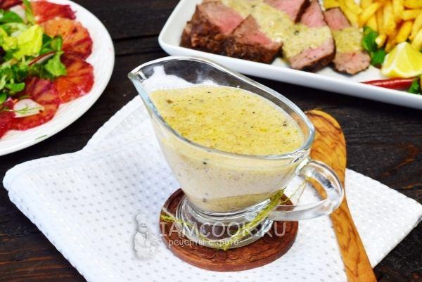 Фото перечного соуса для стейка