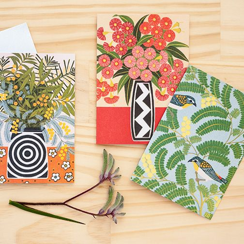 Greeting cards designed by Kate Hudson Printmaker for Earth Greetings #linocut #woodblockprint #printmaking #australianflowers #australiannativeflowers #recycled #earthfriendlygreetingcards #australianmadegreetingcards #ecofriendlycards