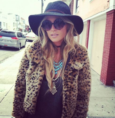 ::Child of Wild & I are hosting a sexy, lil giveaway. My GF, Eileen Lofgren, is the owner of the vintage-y, hippie chic line. Learn more on the blog::