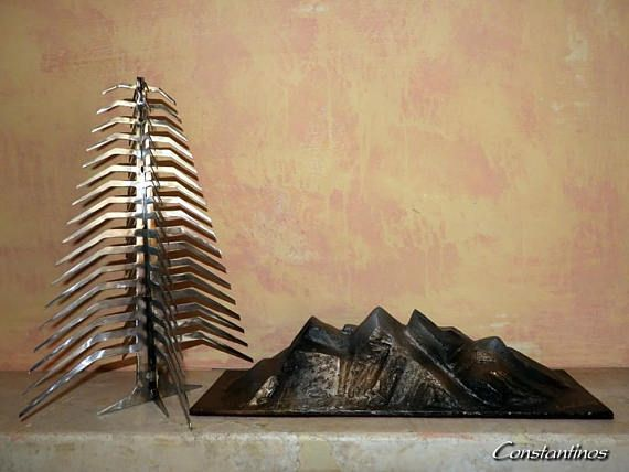 Perennial fir  Christmas gift Metal tree Metal sculpture. https://www.etsy.com/listing/564805566/perennial-fir-christmas-gift-metal-tree?ref=shop_home_active_1 #Constantinosmetalart #metalart #metalsculpture #foresttree #gifts #giftideas #christmasgifts #housewarming #Constantinos #metalwork