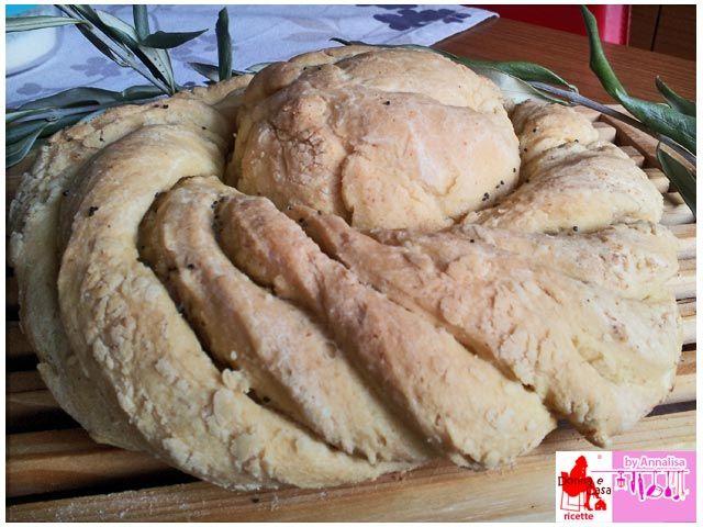 Centrotavola di Pane di semola di grano duro Centerpiece of semolina bread