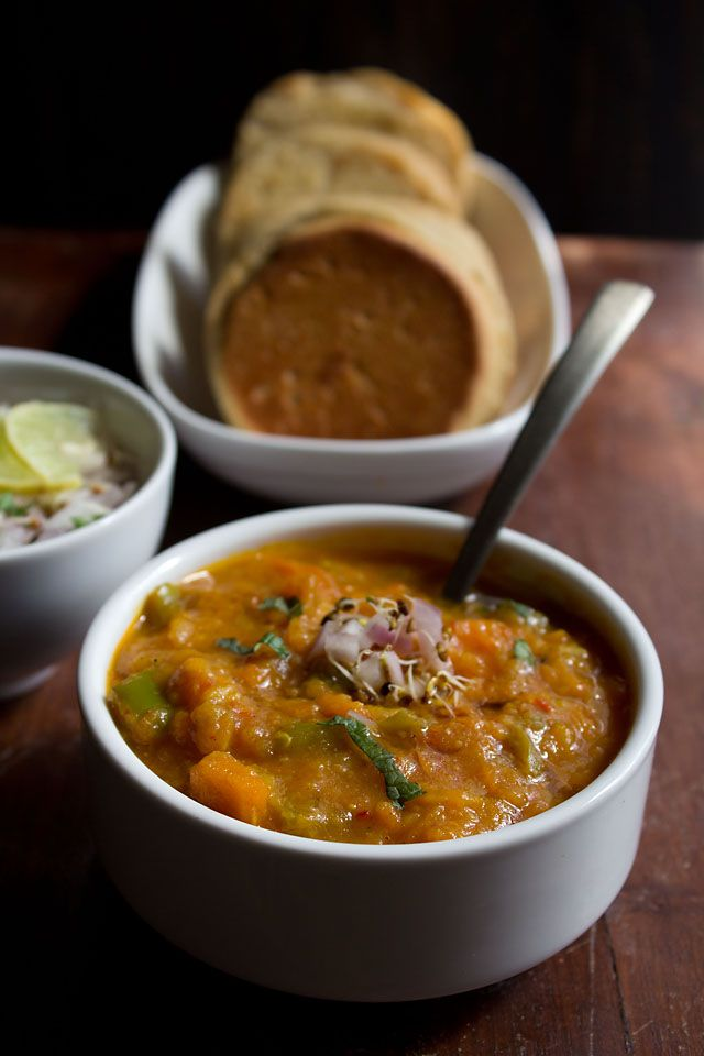 Pav Bhaji, Mumbai Pav Bhaji Recipe | Vegetarian Recipes of India