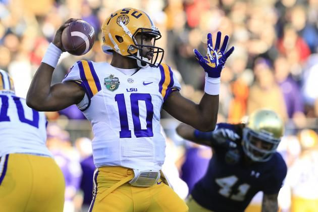 LSU Reinstates Anthony Jennings 2 Other Players: Latest Details Reaction