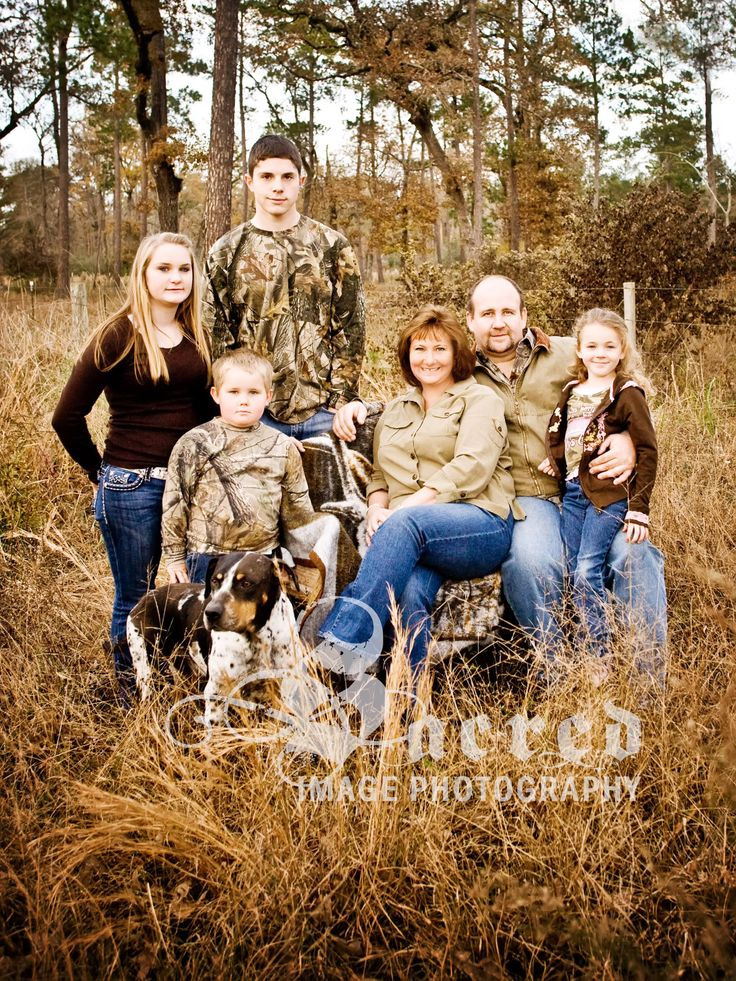 You gotta love a family that wears camo!