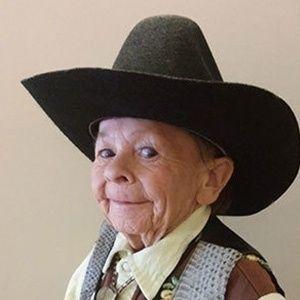 """Ator que interpretou Alf, o """"ETeimoso"""", morre aos 76 anos"""