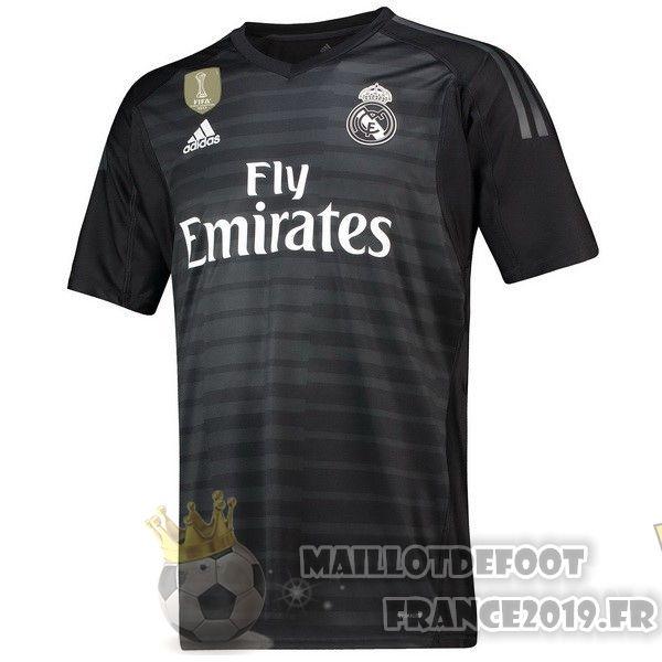 Maillot de Gardien Domicile Real Madrid 20172018 – Soldes