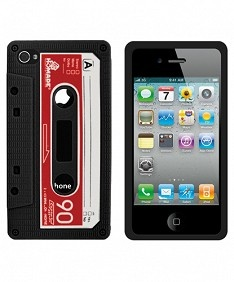 Retro Cassette NegrobriPhone 4/4S