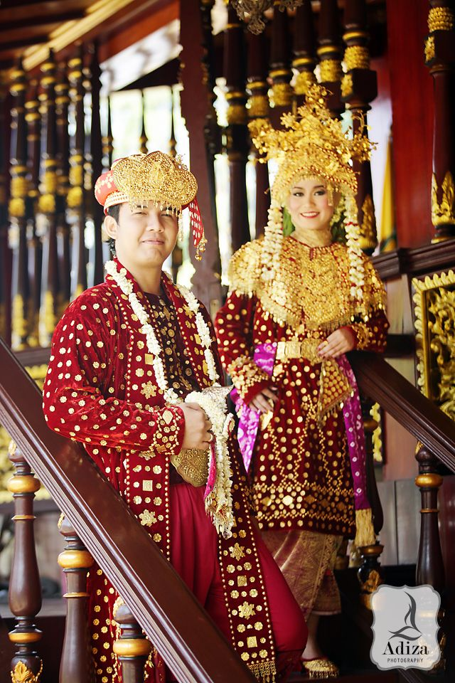 South Sumatra wedding couple at Traditional home.