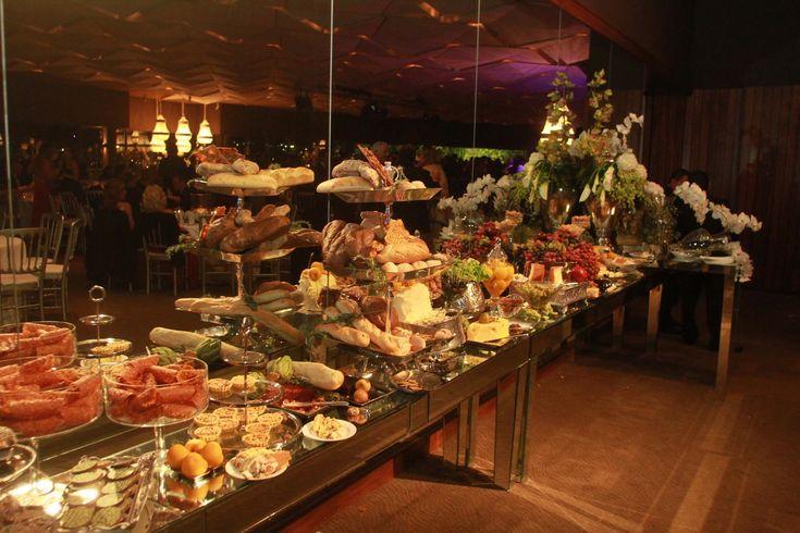 10 mejores im genes sobre mesa de quesos en pinterest - Mesa de quesos para bodas ...