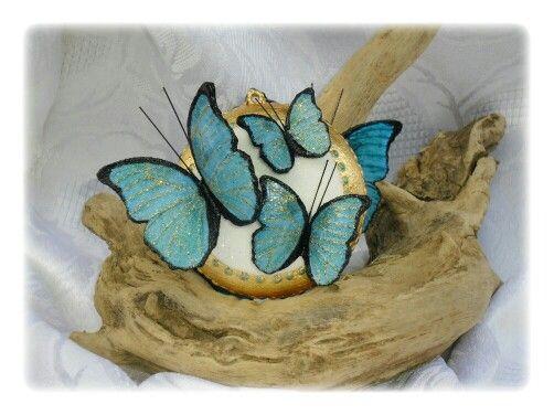 Med. Con farfalle triple azzurre