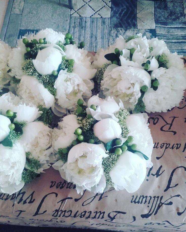 Beautiful wedding flowers. Peonies