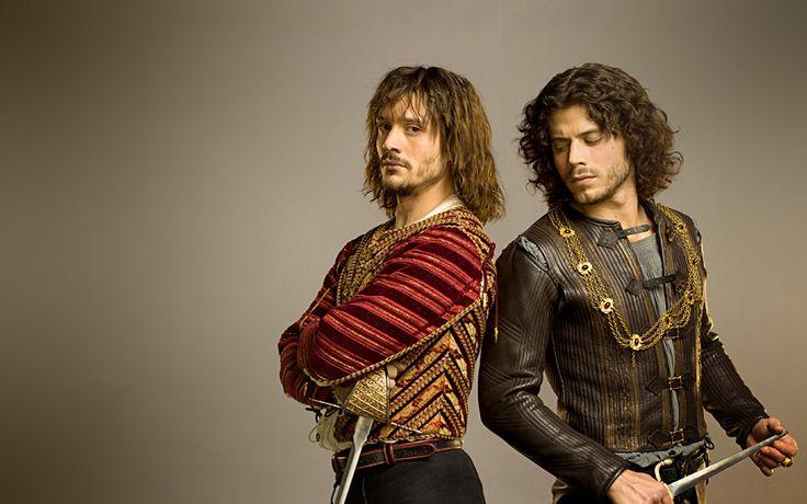 David Oakes y François Arnaud en Los Borgia (2011). Serie creada por  Neil Jordan.