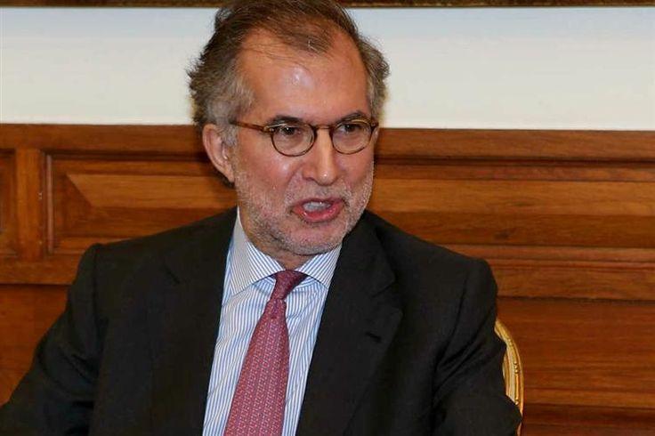 O presidente da República, Marcelo Rebelo de Sousa, chamou esta quarta-feira à tarde o presidente da CGD, António Domingues, ao Palácio de Belém.