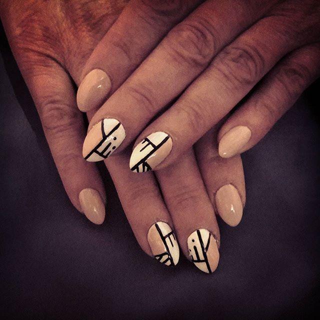 #paznokcie #semilac #neonailpoland #neonail #nude #white #nails #nailart #biały #picoftheday #pictureoftheday #inspiration #instapic #nailstagram #nails💅 #nailswag  #dot #naturalbeauty #naturalnails #instanails #instasize #swag #art #black #girl #minimalism #positivevibes #vscolove #vscocam #vsco Natural Beauty from BEAUT.E
